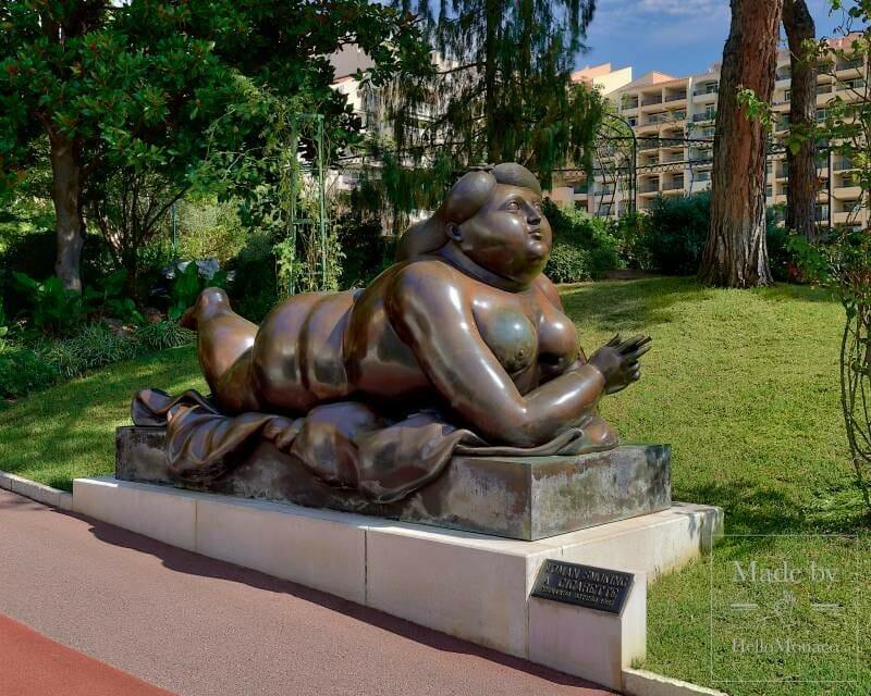 Ботеро. Скульптура в парке Фонтвьей в Монако