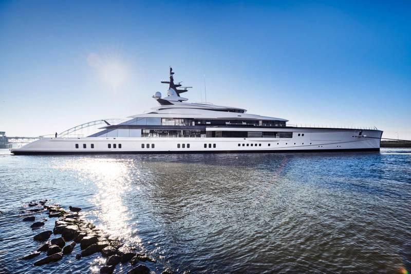 109-метровый проект Bravo от Oceanco и другие новости