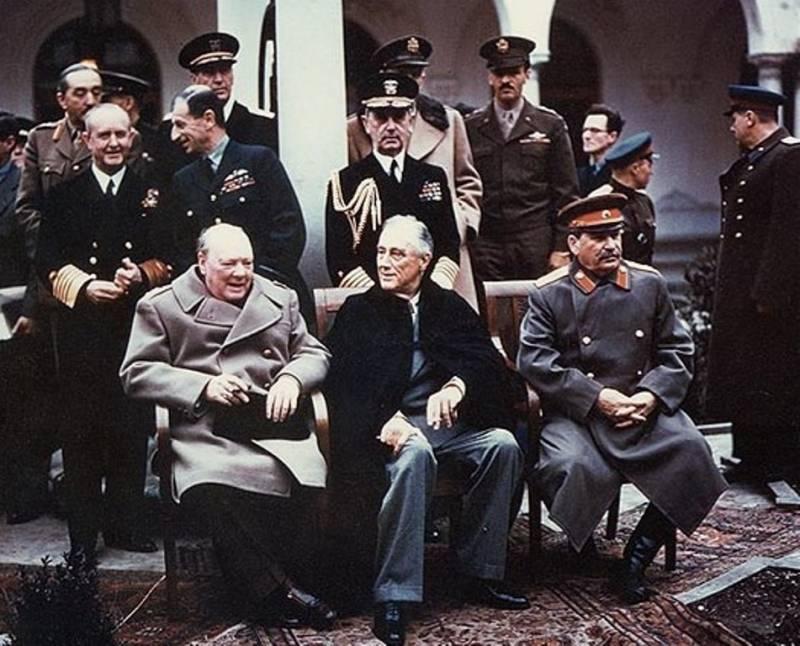 Черчилль на конференции в Ялте в феврале 1945 года