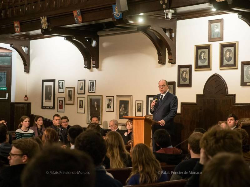 Князь Монако посетил Кэмбридж