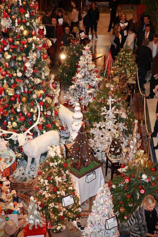 12 декабря…время рождественских ёлок