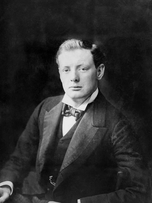 Молодой Уинстон Черчилль в 1900 году