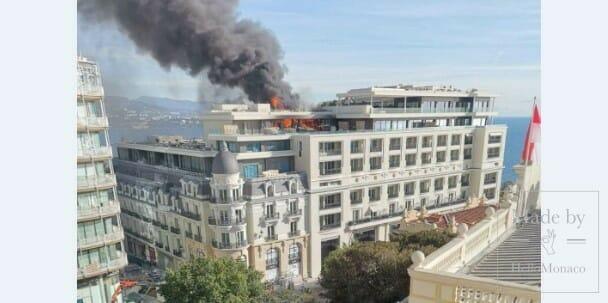 Отель де Пари «в огне»