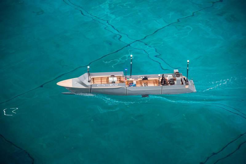 Смертельный случай на борту 80-метровой Kibo и другие новости
