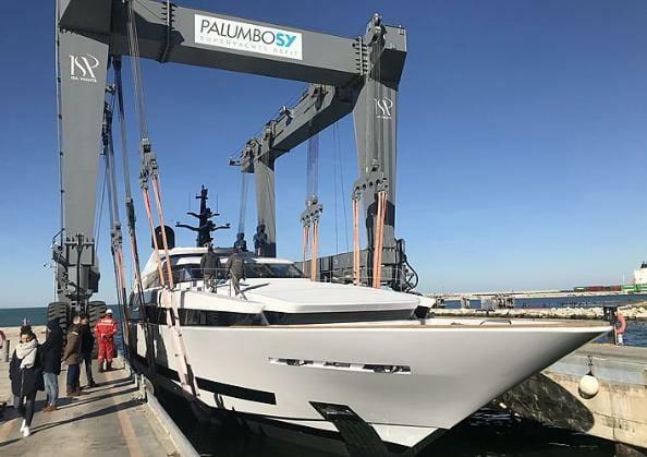 Продажа 125-метровой суперъяхты Gaja и другие новости