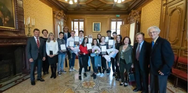 Юные танцоры AS Monaco Danse Sportive были приняты в мэрии Монако