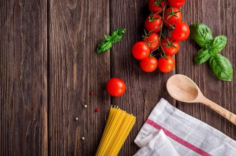 710 пациентов больницы смогли насладиться удивительным ужином, приготовленным поварами больницы под руководством шеф-повара Филиппа Жоаннеса.