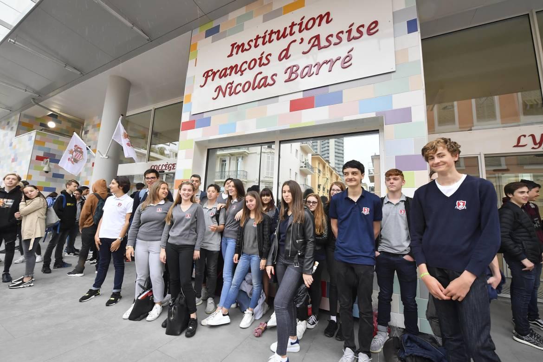 Новая ультрасовременная школа открыла свои двери в Монако