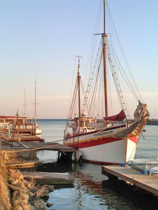 """Легендарное судно """"Старый краб"""" теперь находится в Монако"""