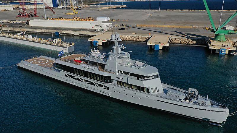 Гибель члена экипажа яхты в Каннах и другие новости