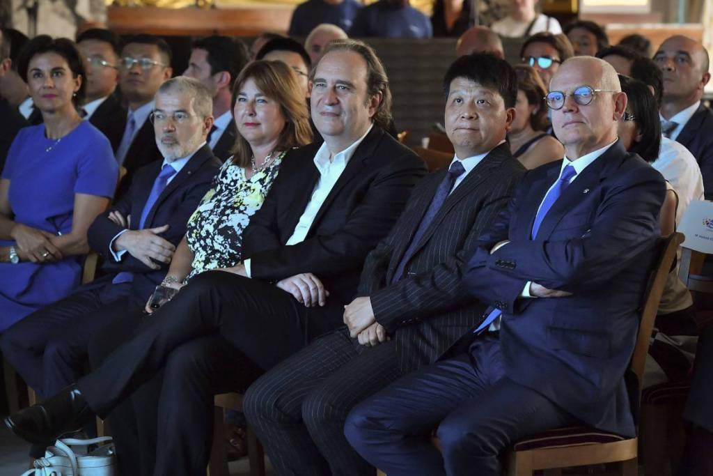 Революционная высокотехнологичная сеть 5G теперь полностью покрывает территорию Монако