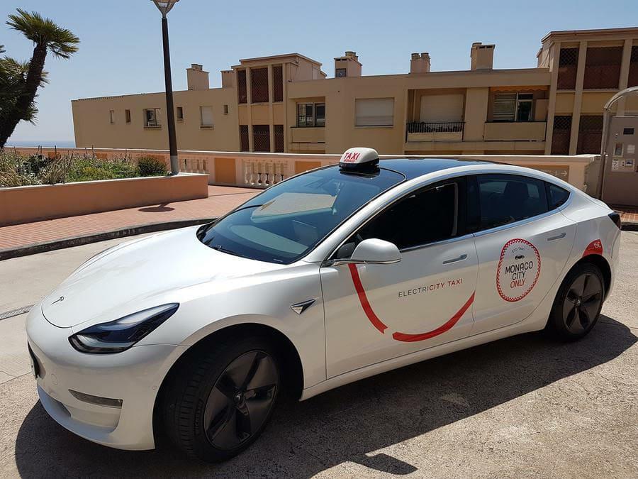 Новые экологически чистые такси появились на дорогах Монако