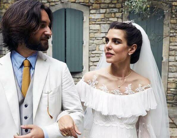 Шарлотта Казираги и Дмитрий Рассам тайно обвенчались во Франции