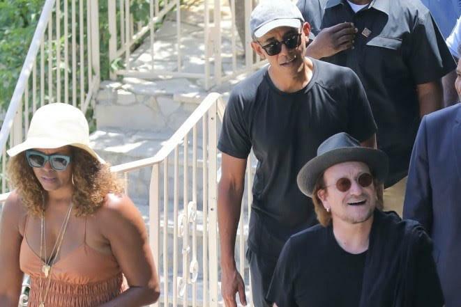 Барак Обама с семьей проводит летние каникулы во Франции и Монако