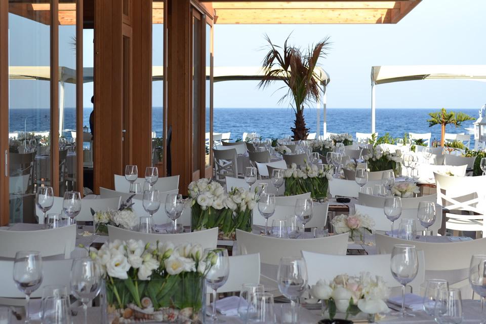 У моря, у синего моря: лучшие пляжные рестораны