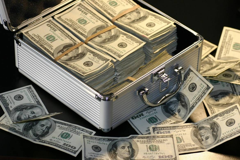 Закон и порядок: мошенничество с деньгами - верный путь попасть в тюрьму