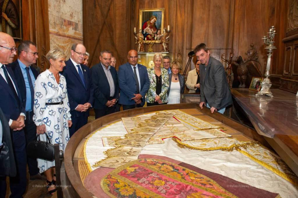 Князь Монако посетил Роман-сюр-Изер, Вальмонт и Руан