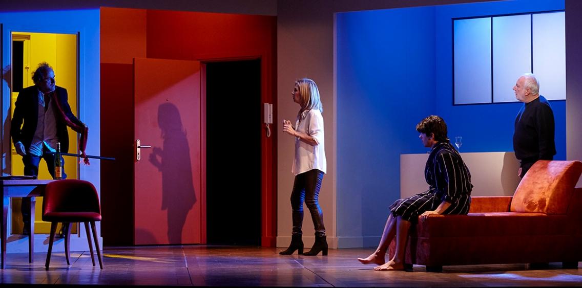 """Спектакль """"Encore un instant"""" на сцене Гримальди Форума"""