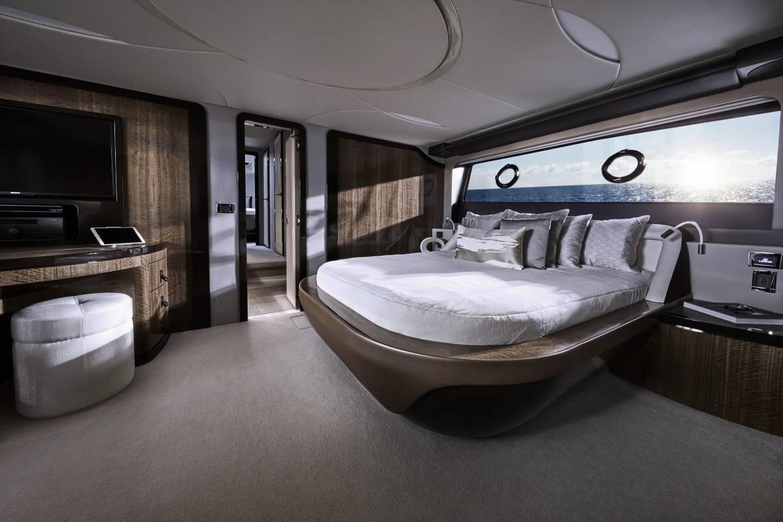 Lexus представляет свою первую яхту и другие новости