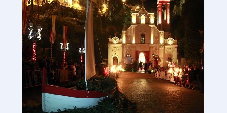 День Святой Девоты в Монако