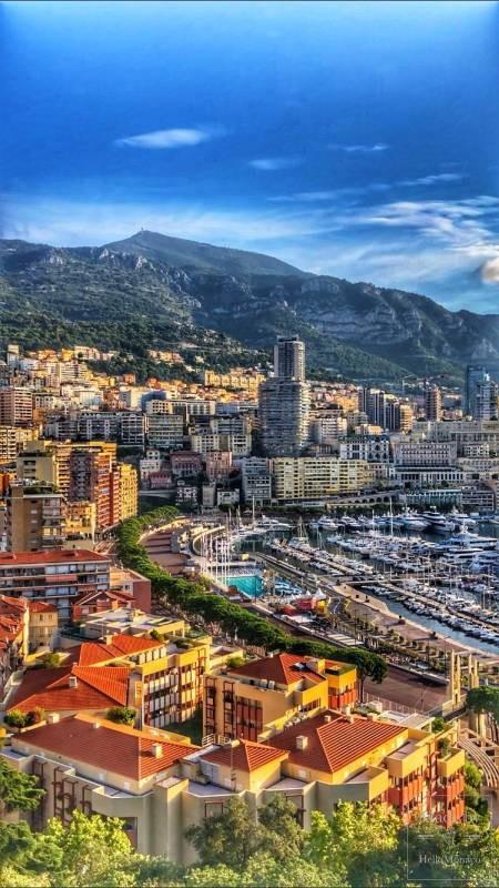 Знаменитый регбист открыл в Монако инновационную спортивную площадку