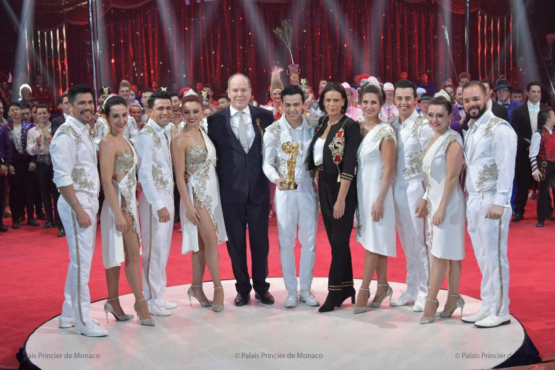 Дела княжеские: члены княжеской семьи на церемонии вручения призов артистам цирка