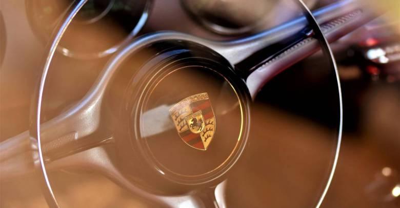 Электрический Porsche Taycan будет представлен на SIAM в Монако
