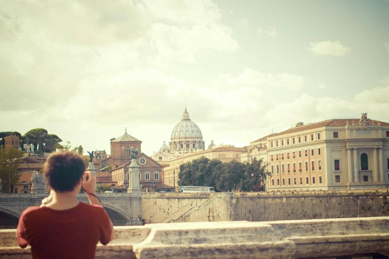 Как с пользой провести время карантина: виртуальные туры по музеям и галереям