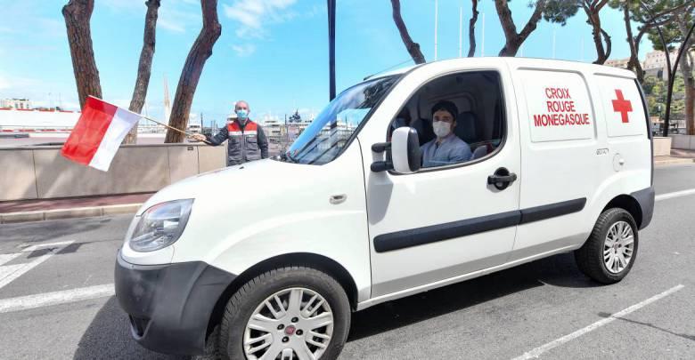 Шарль Леклер: доставка в поддержку Красного Креста Монако