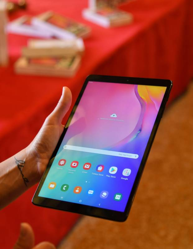 Мэрия раздаст 100 планшетов пожилым резидентам Монако
