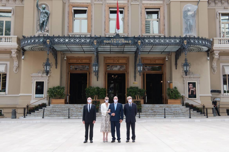 Дела княжеские: площадь Казино Монако официально открыта в присутствии княжеской пары