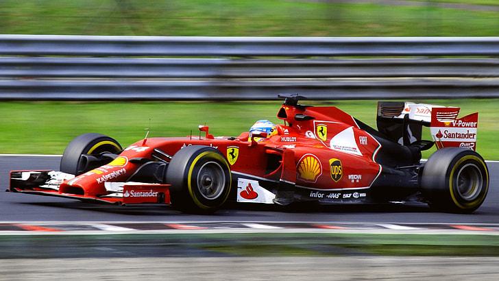 Гран-при Венгрии: гонщики Ferrari сражаются до последнего
