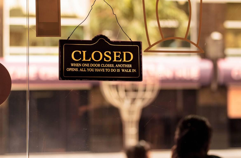 Sass Café закрывает свои двери после новых случаев коронавируса среди сотрудников