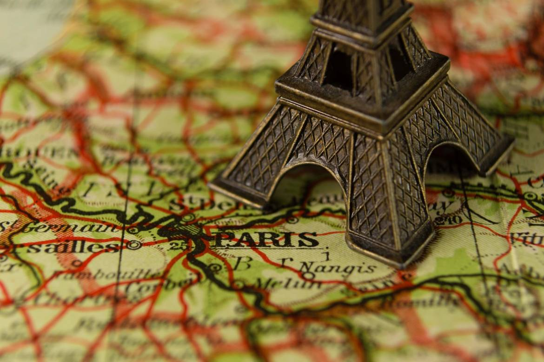 Президент Франции называет сроки и этапы смягчения карантина в стране
