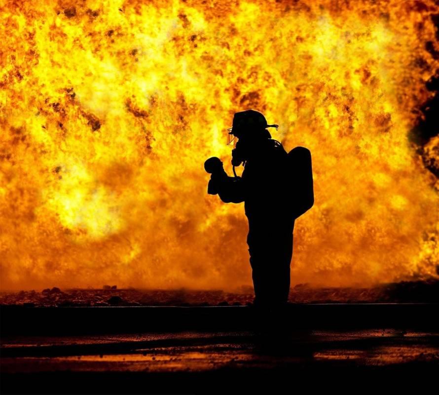 Календарь пожарных: шанс поблагодарить храбрых спасателей