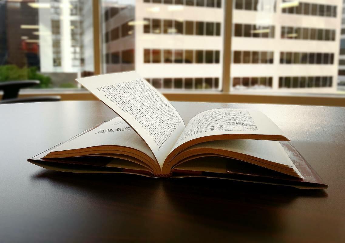 Анекдоты на злобу дня: новая книга Даниэля Боэри