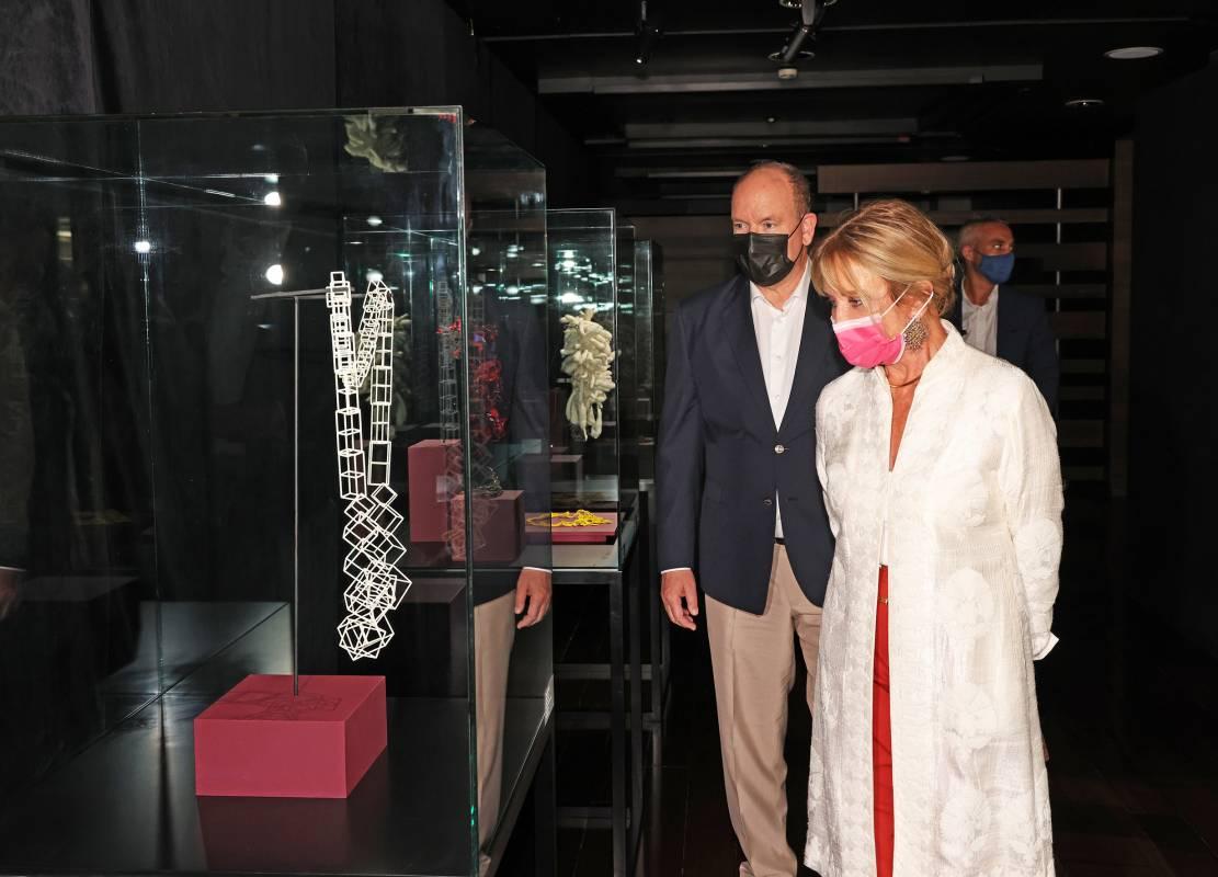 В Монако презентовали известную коллекцию украшений Дианы Вене
