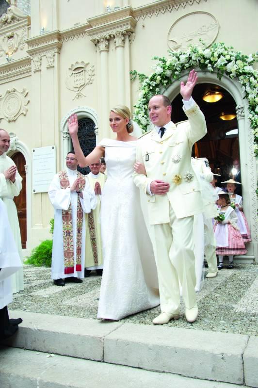 Князь Альбер II и принцесса Шарлен отмечают десятилетие брака