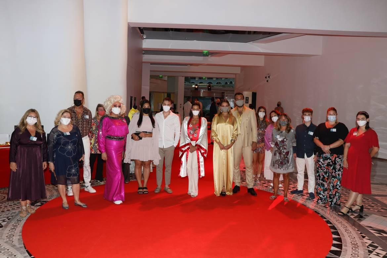 Принцесса Стефания с детьми посетила гала-вечер Fight Aids Monaco