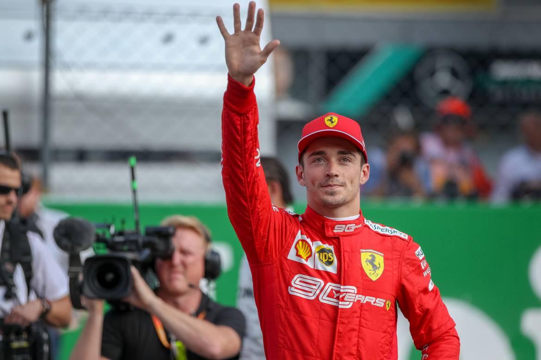 Шарль Леклер поднялся на подиум Гран-при Великобритании