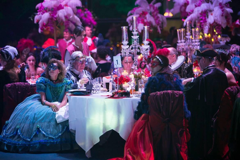 Потрясающий «Grand Bal Masqué» открывает осенний сезон в Монако